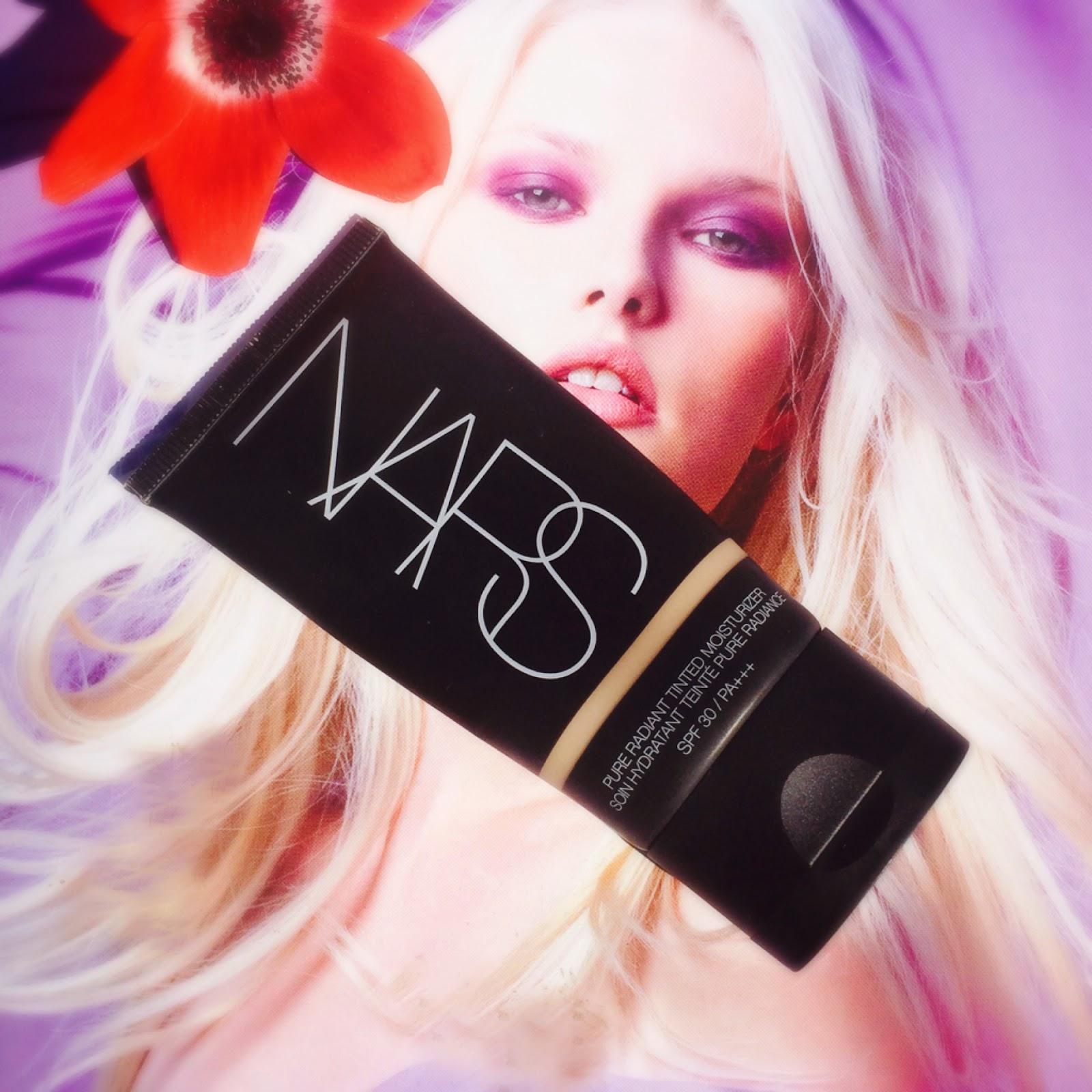 Nars Pure Radiance Tinted Moisturiser SPF 30 PA +++