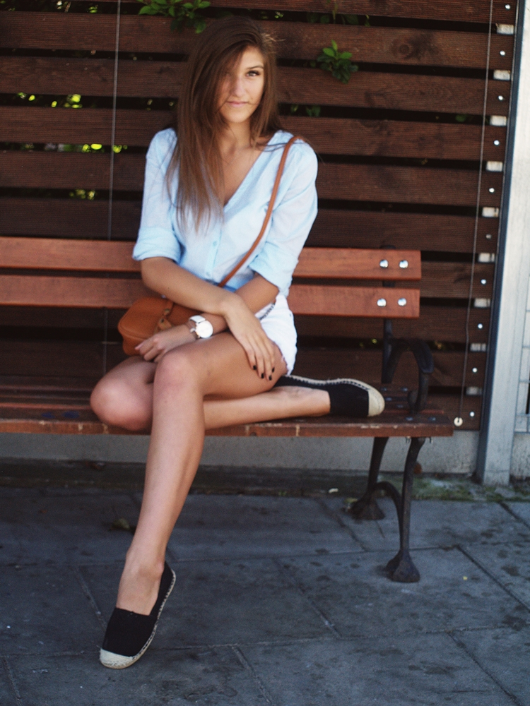 Espadryle, Blue Shirt And White Short