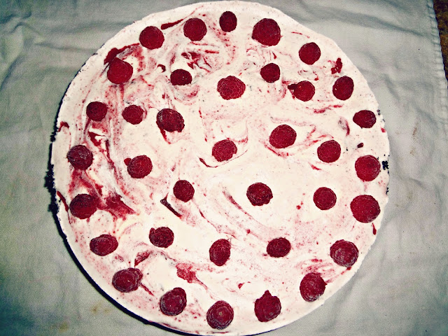 "Raspberry Ice Cream ""Cake-Pie"""