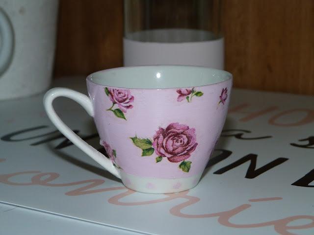 isabelvintage-vintage-taza-porcelana-decorada-decoupage