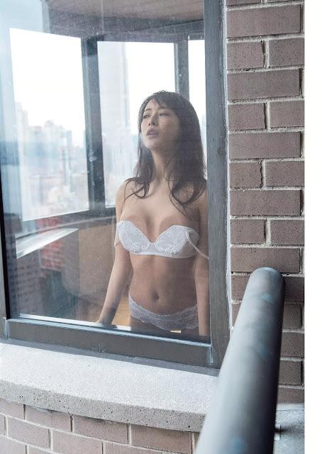 神室舞衣 Kamuro Mai SEX GAME Images 04