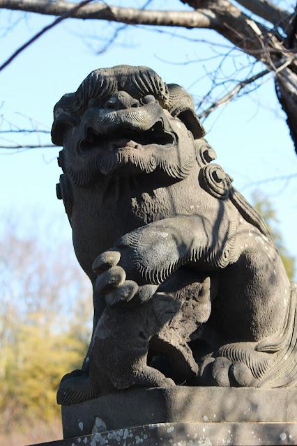 東方天満宮の阿の狛犬