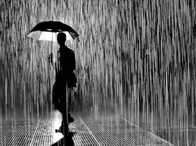 10 Arti Mimpi Kehujanan Menurut Psikolog dan Primbon Jawa