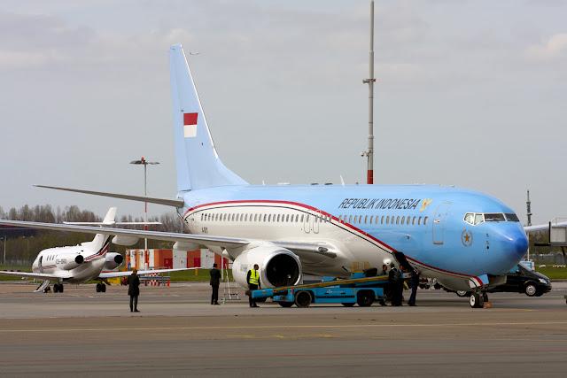 'Hari Ini Pesawat Presiden Dijual, Besok Jangan-Jangan Istana'