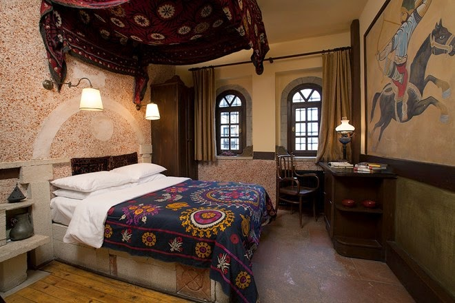 chambre d htel au mois simple rnovation deauville coup de neuf lhtel royal with chambre d htel. Black Bedroom Furniture Sets. Home Design Ideas