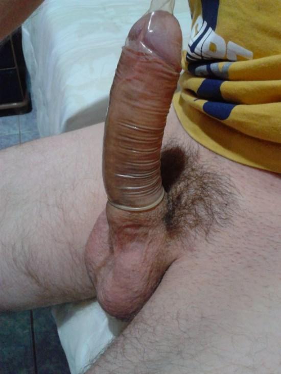 спрашивает огромный хуй в презервативе уже давно