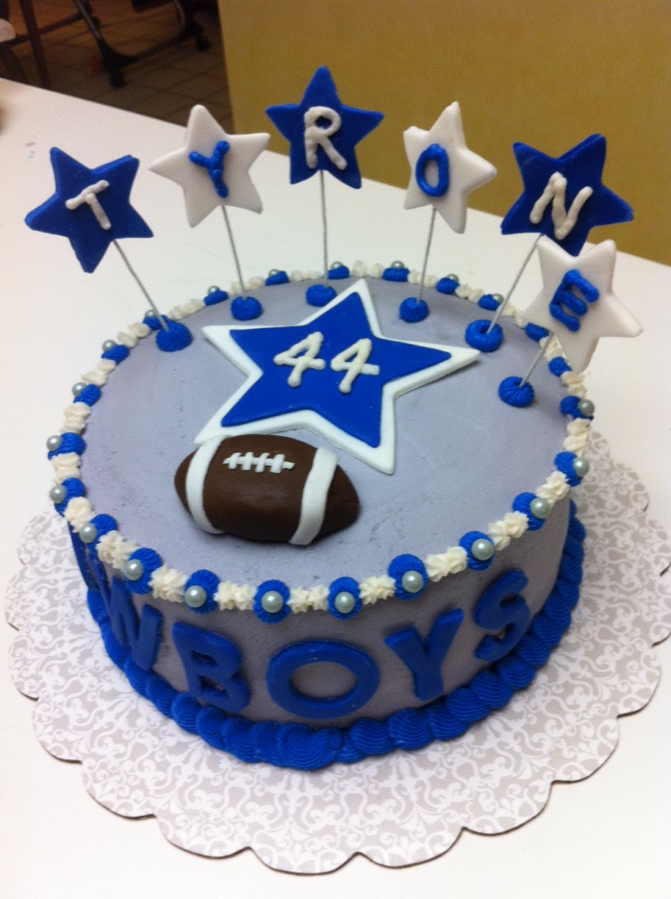 Gingerly Created Confections Dallas Cowboys Cake