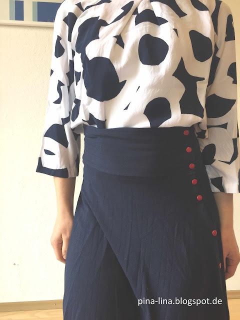 Komplimenterock und Bluse 105 aus der Burda 11-2014