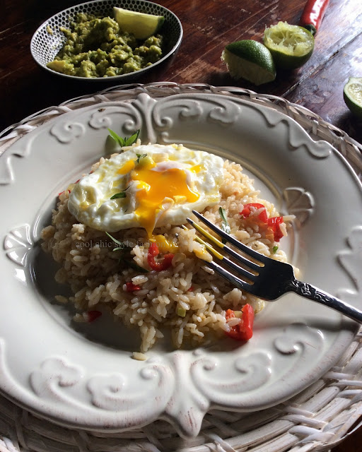 Brown rice with Fried Egg and Avocado - images and recipe by Cool Chic Style Fashion