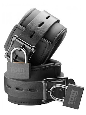 Tom of Finland Wrist Cuffs Neoprene Black With Locks Actual Gayrado Online Shop