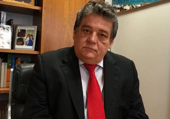 Resultado de imagem para Sílvio Costa não vai ao lançamento de Armando e diz que será senador sem ele