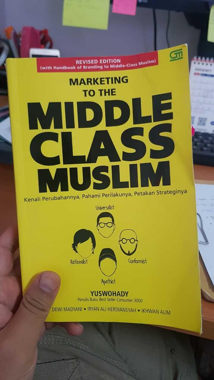 buku Marketing to The Middle Class Muslim