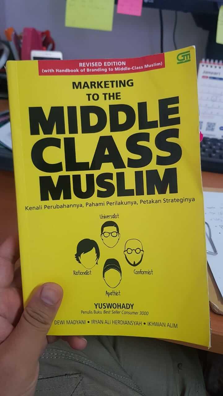 buku Marketing to The Middle Class Muslim