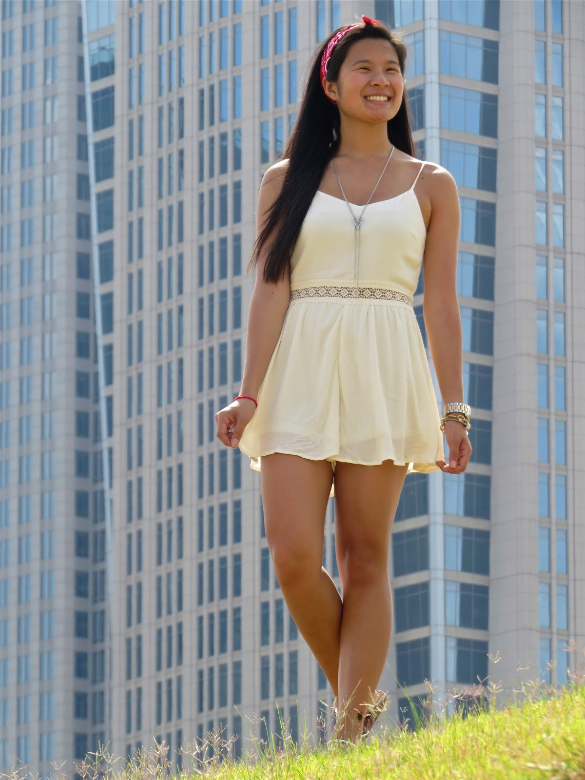 How_to_style_a_white_romper