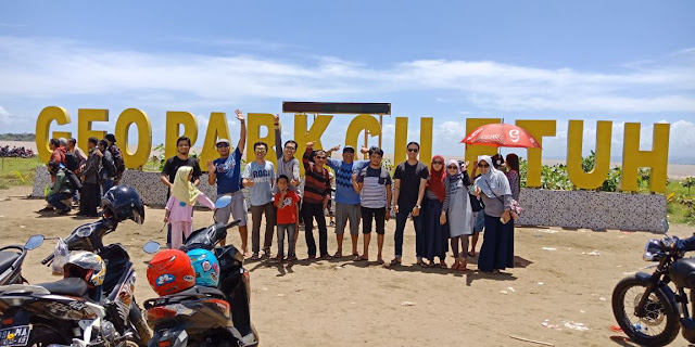 Road To Sumatra Community Goes to Ciletuh Geopark