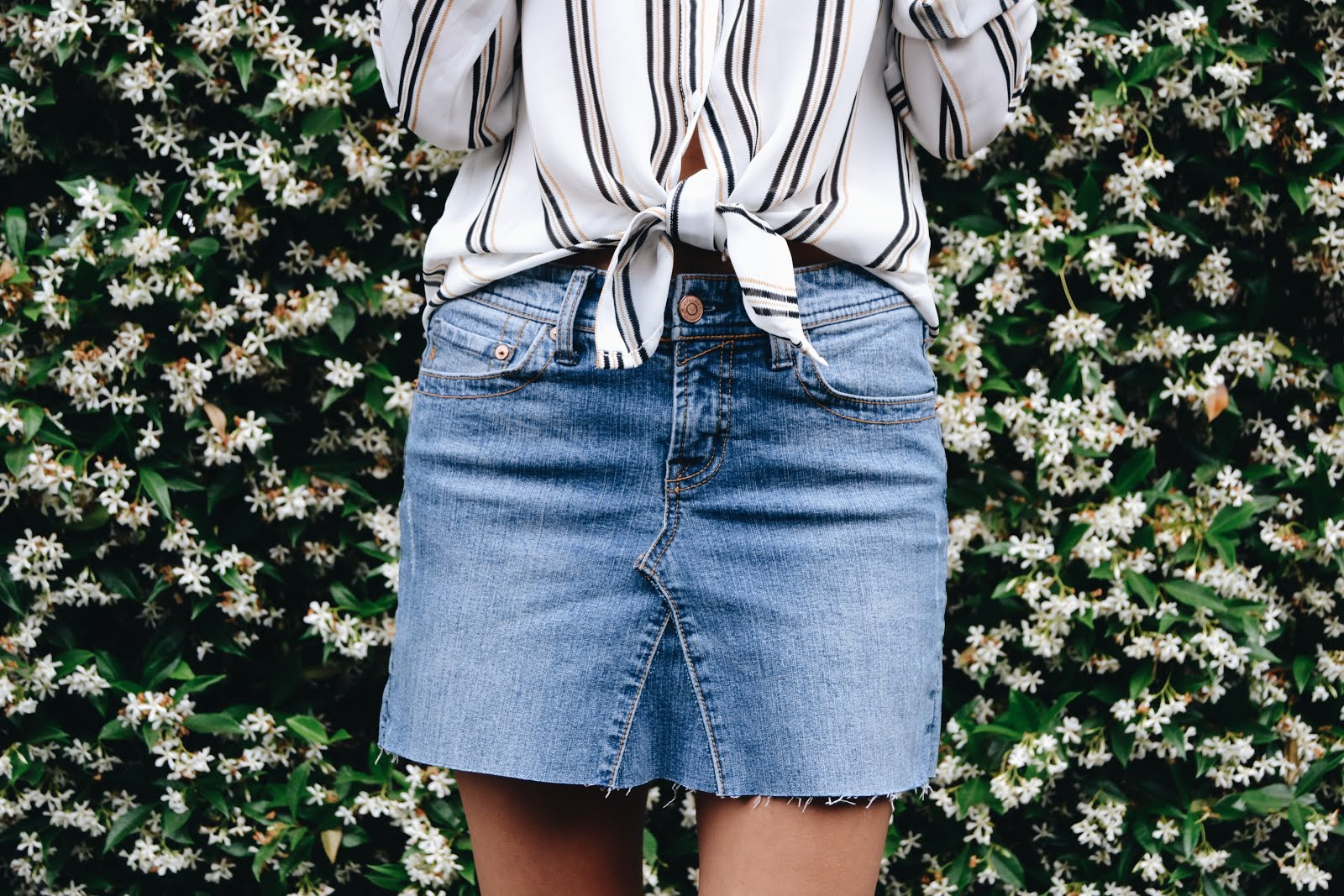 DIY - Old Jeans to Jean Skirt