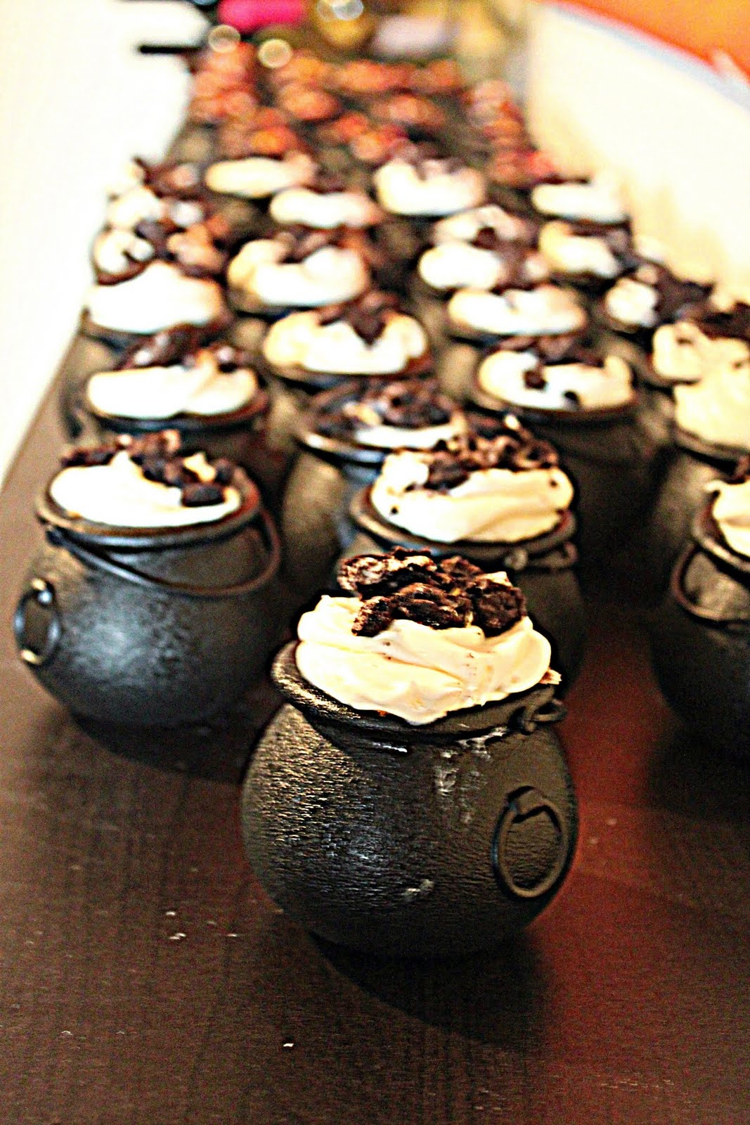 Coolest Cake Ideas Harry Potter Cauldron Cupcakes
