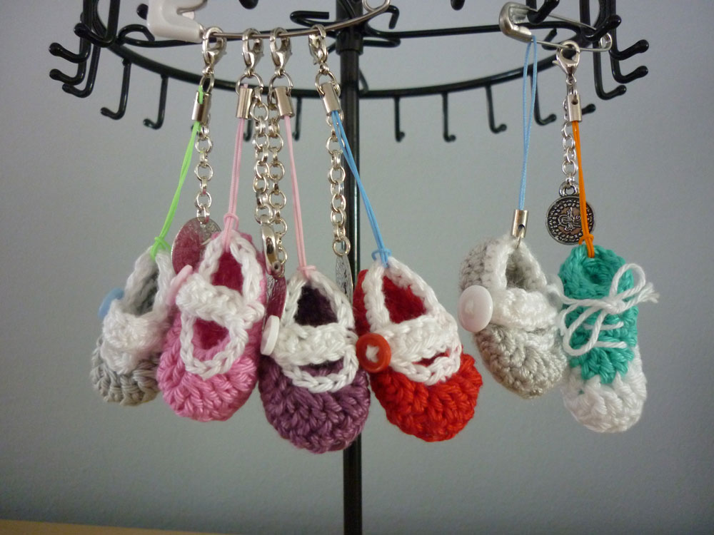 Knoopjesz Haken Kleine Schoentjes Sandaaltjes Haken Sleutelhanger