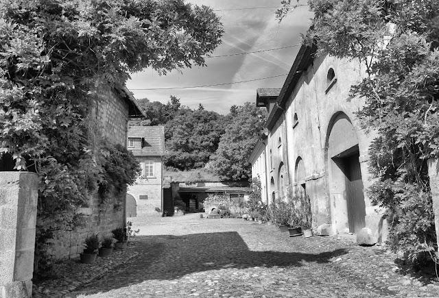 Zugang zum Weingut von Racknitz am Disibodenberg in Odernheim an der Nahe