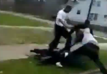 Brutal Golpiza en Barrio