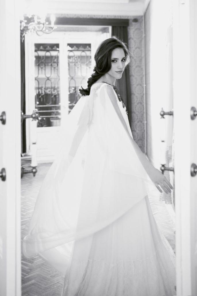 af92e3502 Como elegir el vestido de novia para embarazadas ¡5 increíbles consejos de  moda! Vestidos de novias glamorosos
