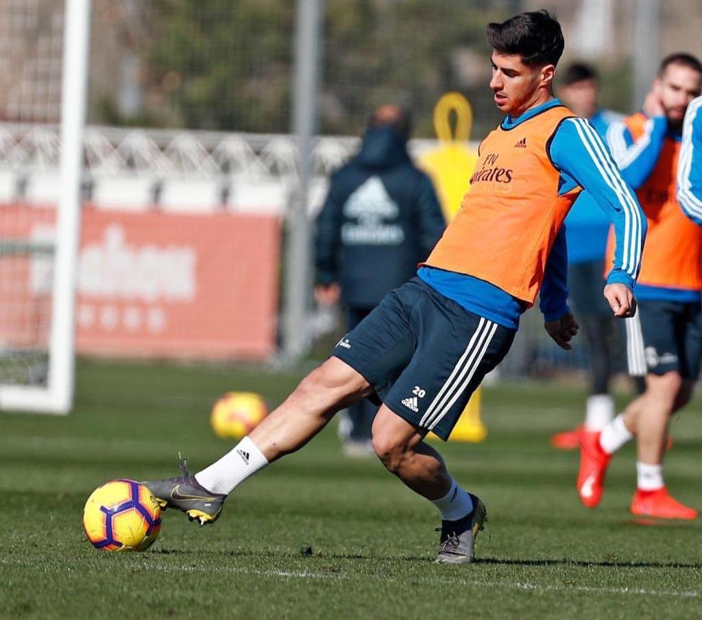 mejor autentico Precio 50% nuevos estilos Madrid's Asensio Surprises Boot Experts By Cutting Off ...