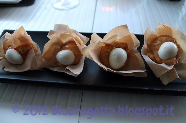 Cocotte di pasta fillo con crema ai peperoni allo zenzero e uova di quaglia sode