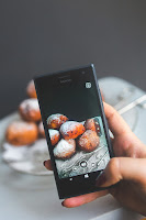 Taking food photos with your smartphone for money