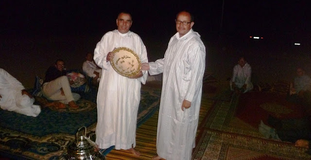 مجموعة مدارس ايت اوزين بالمديرية الاقليمية زاكورة تكرم مديرها