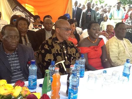 pastor+maduboko+and+emmy+wedding+lindaikejiblog.jpg1