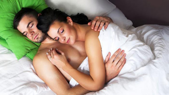 Benefits of Sleep Without Clothes for Men or Women's Health