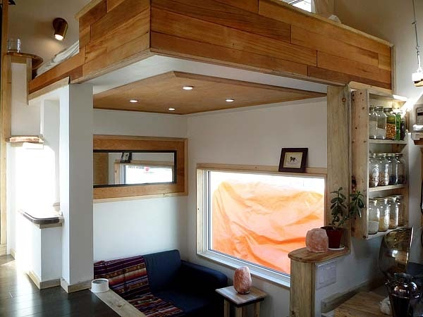 03-Living-Room-Leaf-House-Architecture-of-a-Tiny-Home-on-Wheels-www-designstack-co