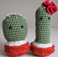 http://www.ravelry.com/patterns/library/no-sew-amigurumi-cacti