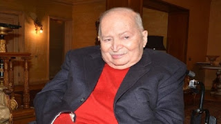 """وفاة سمير خفاجي مؤسس فرقة """"ساعة لقلبك"""" والفنانين المتحدين اليوم عن عمر يناهز 88 عامًا"""