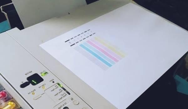 Hasil Cetak Printer Bergaris dan Putus-Putus