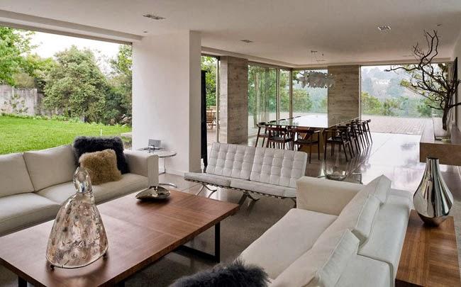 Casas minimalistas y modernas casa moderna en guatemala for Casa moderna open