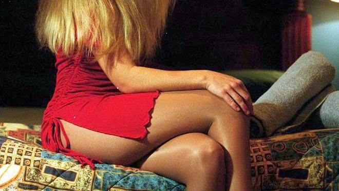 Νεαρός ερωτευμένος με «πεταλούδα της νύχτας» έσφαξε τον εραστή και προαγωγό της- Απολογείται η 24χρονη