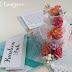 turkusowy exploding box z tortem weselnym