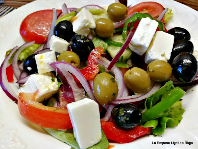 receta-de-ensalada-griega-con-trucos