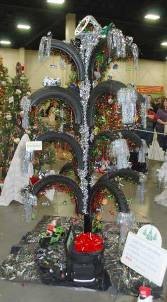 Artwife Needs a Life: 2011 Festival of Trees Highlights