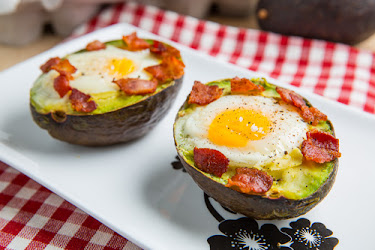 Baked Avocado Bacon and Eggs