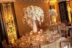 ثيمات زواج ذهبي ( لديكور ملكي وفاخر )