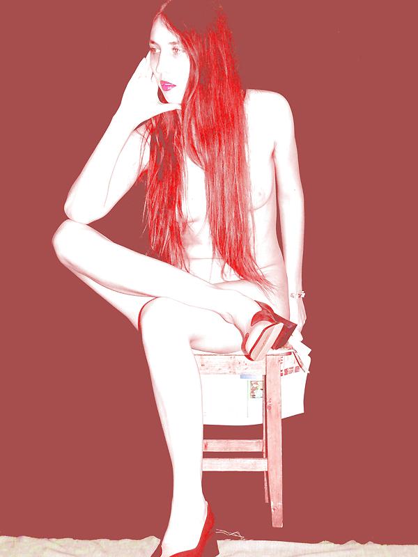 Девушка с рыже-огненными волосами. Lot #80.