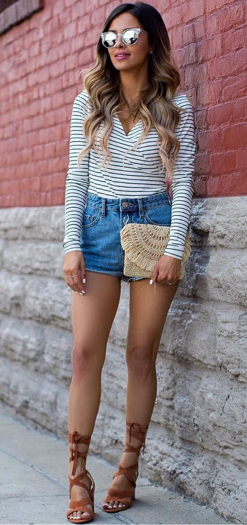 cute outfit idea: top + shorts + heels