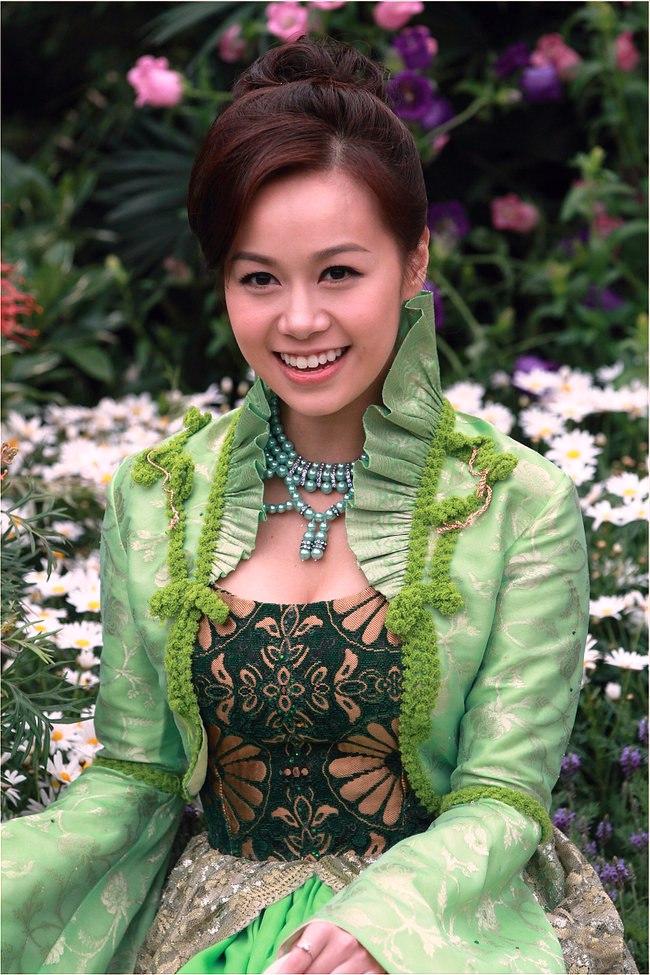 Jacqueline Wong (黃心穎 Huáng xīn yǐng), TVB actress