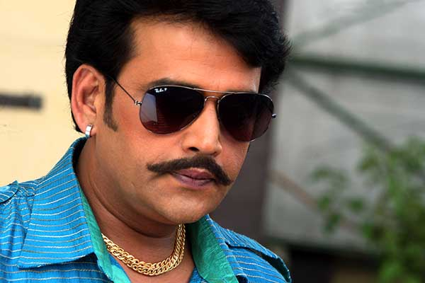 Kajal Ravi Kishan Latest Wallpapers - Latest Bhojpuri Actors Ravi Kishan Best wallpaper, Pics, Image