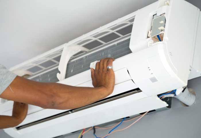 Instalaciones eléctricas residenciales - Colocación de la unidad interior de un aire acondicionado