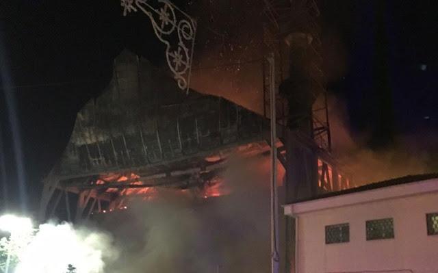 Από αμέλεια η πυρκαγιά στο τέμενος Βαγιαζήτ
