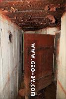 Вход в ДОТ №273. Дверь