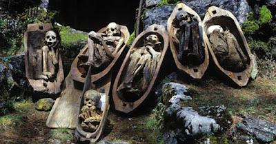 Caverna das múmias de fogo
